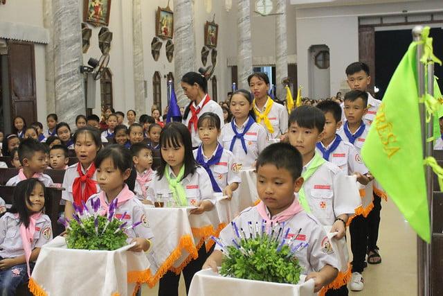 16216 phu oc 9 1 - Giáo xứ Phú Ốc: Thánh lễ khai giảng năm học mới 2019 – 2020
