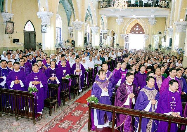 16217 le gio 2 - Thánh lễ giỗ Đức Cố Giám mục Phaolô Lê Đắc Trọng lần thứ 10