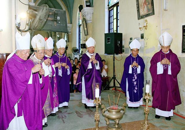 16217 le gio 4 - Thánh lễ giỗ Đức Cố Giám mục Phaolô Lê Đắc Trọng lần thứ 10