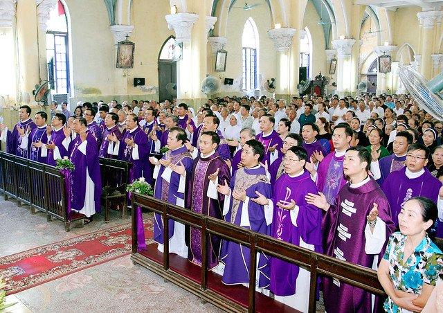 16217 le gio 5 - Thánh lễ giỗ Đức Cố Giám mục Phaolô Lê Đắc Trọng lần thứ 10