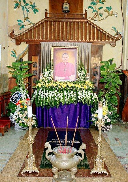 16217 le gio 7 - Thánh lễ giỗ Đức Cố Giám mục Phaolô Lê Đắc Trọng lần thứ 10
