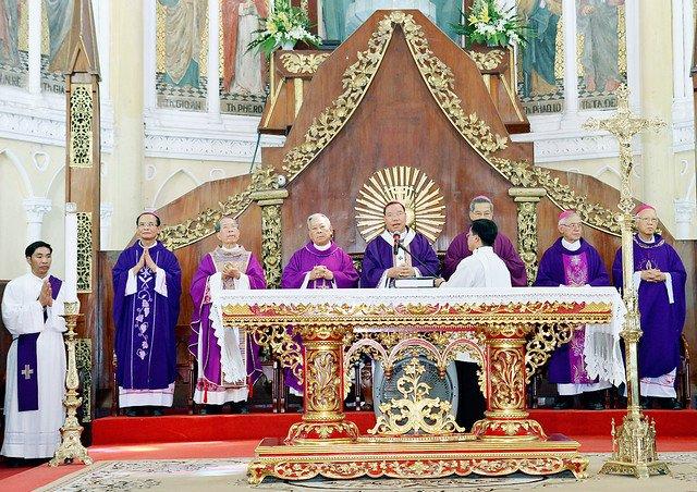 16217 le gio 9 - Thánh lễ giỗ Đức Cố Giám mục Phaolô Lê Đắc Trọng lần thứ 10