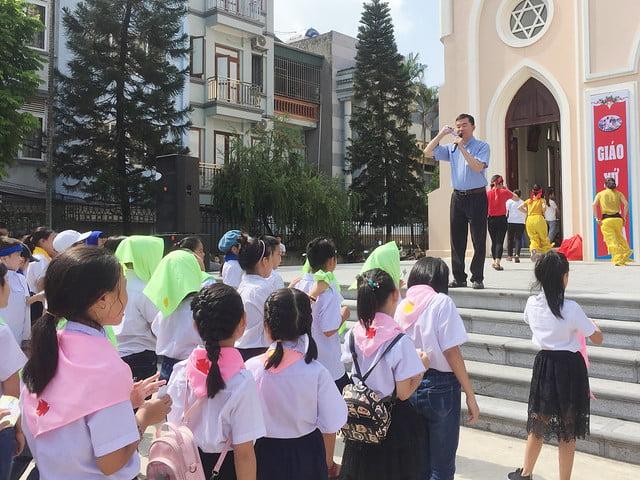 16218 hoi cho 1 - Giáo xứ Nam Dư: Thiếu nhi vui đón hội chợ 2019