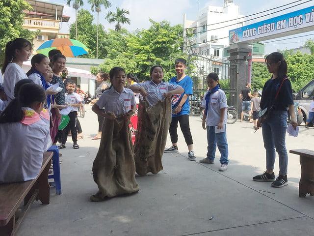 16218 hoi cho 11 - Giáo xứ Nam Dư: Thiếu nhi vui đón hội chợ 2019