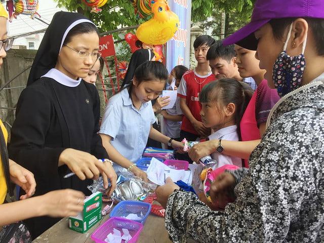 16218 hoi cho 5 - Giáo xứ Nam Dư: Thiếu nhi vui đón hội chợ 2019