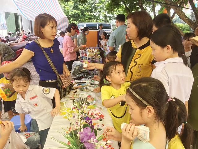 16218 hoi cho 8 - Giáo xứ Nam Dư: Thiếu nhi vui đón hội chợ 2019