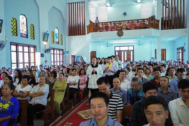 16222 co nhue 14 - Giáo Xứ Cổ Nhuế Chầu Thánh Thể Thay Mặt Giáo Phận 2019