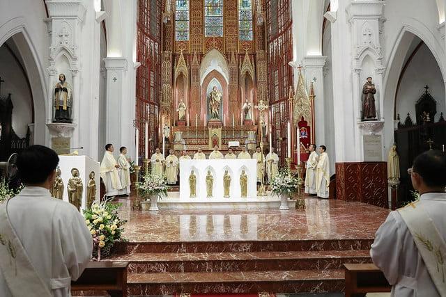 16228 khoa v 1 - Thánh lễ tạ ơn kỷ niệm 18 năm linh mục của 9 linh mục khóa V