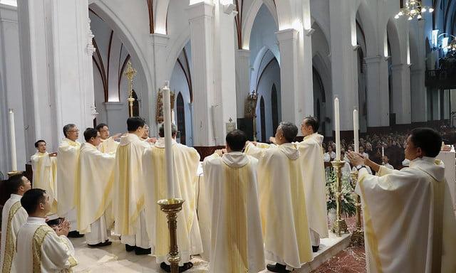 16228 khoa v 10 - Thánh lễ tạ ơn kỷ niệm 18 năm linh mục của 9 linh mục khóa V