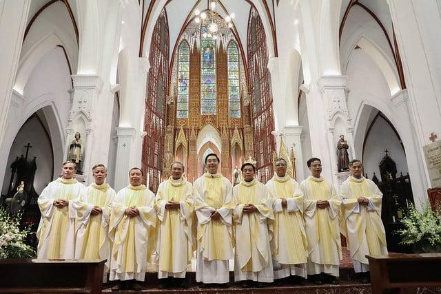 16228 khoa v 15 - Thánh lễ tạ ơn kỷ niệm 18 năm linh mục của 9 linh mục khóa V