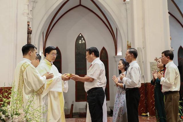 16228 khoa v 8 - Thánh lễ tạ ơn kỷ niệm 18 năm linh mục của 9 linh mục khóa V