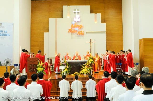 16277 khai giang 11 - Đại Chủng Viện Thánh Giuse Hà Nội khai giảng năm học mới 2019 - 2020