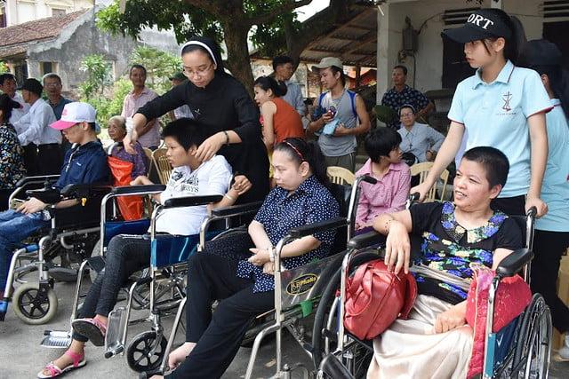 16278 trung thu 1 - Caritas Hà Nội: Trung Thu với các em thiếu nhi có hoàn cảnh đặc biệt