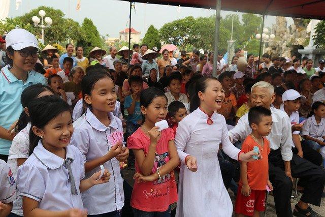 16278 trung thu 12 1 - Caritas Hà Nội: Trung Thu với các em thiếu nhi có hoàn cảnh đặc biệt