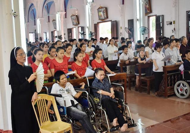 16278 trung thu 18 - Caritas Hà Nội: Trung Thu với các em thiếu nhi có hoàn cảnh đặc biệt