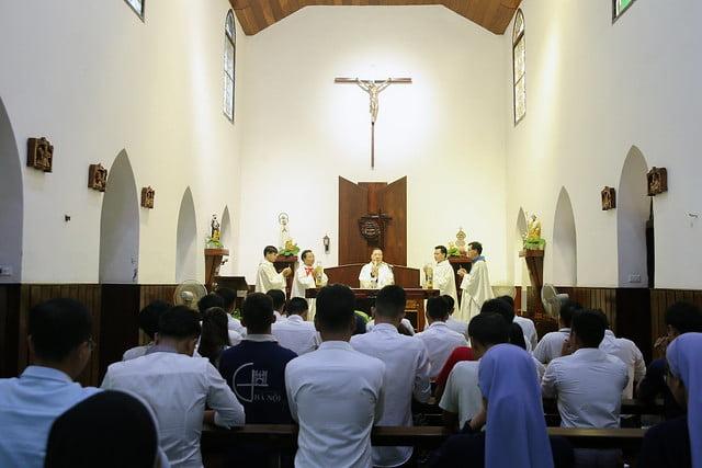 16279 gioi tre 2 - Thánh lễ tạ ơn và trao Bổ nhiệm thư cho Ban Chấp hành giới trẻ TGP Hà Nội nhiệm kỳ 2019-2022