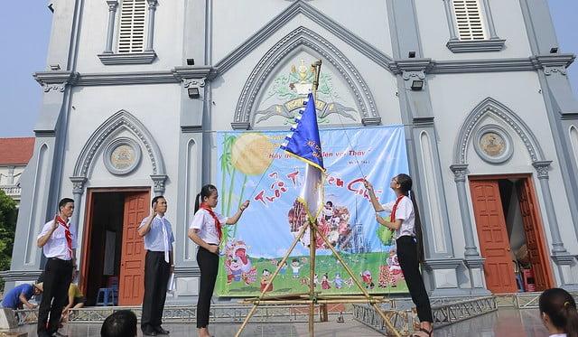 """16316 trung thu 2 - Thiếu nhi giáo xứ Lảnh Trì: Ngày hội """"Tuổi thơ bên Chúa"""""""
