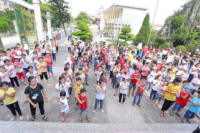"""16316 trung thu 4 - Thiếu nhi giáo xứ Lảnh Trì: Ngày hội """"Tuổi thơ bên Chúa"""""""