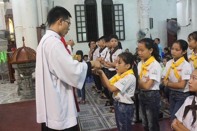 16317 bon mang 2 - Giáo xứ Đại ơn: Thánh lễ Quan thầy Xứ đoàn Thánh Tôma Thiện
