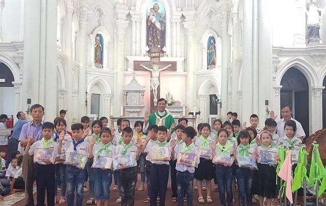 16327 khai giang 7 - Giáo xứ Đại Ơn: Thánh Lễ khai giảng năm học mới 2019-2020