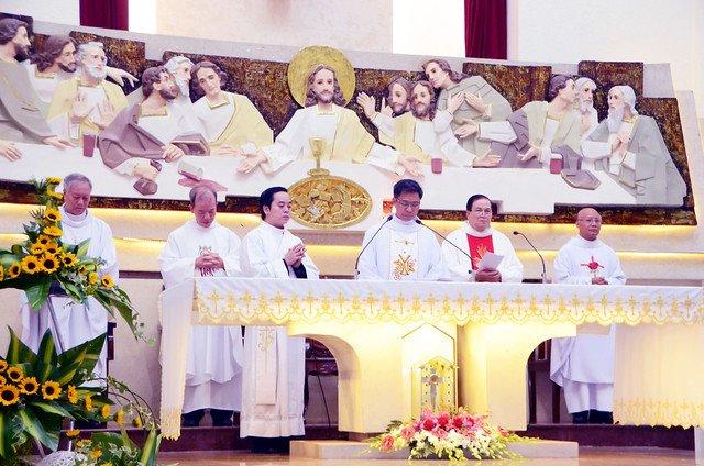 16328 khan dong 1 - Hồng ân thánh hiến của Hiệp hội thánh Phao-lô Tông đồ dân ngoại tại Sài Gòn