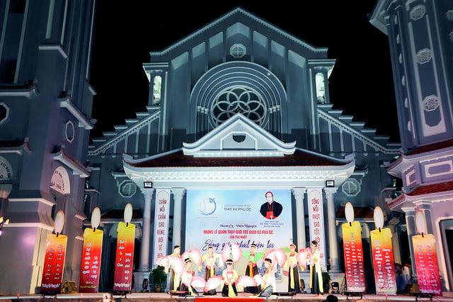 16335 phu oc 10 - Lần đầu tiên giới trẻ giáo xứ Phú Ốc mừng lễ Đấng bảo trợ