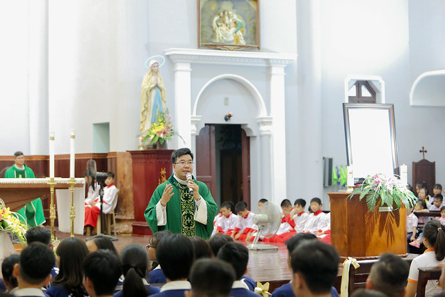 16335 phu oc 5 - Lần đầu tiên giới trẻ giáo xứ Phú Ốc mừng lễ Đấng bảo trợ