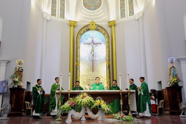 16335 phu oc 7 - Lần đầu tiên giới trẻ giáo xứ Phú Ốc mừng lễ Đấng bảo trợ