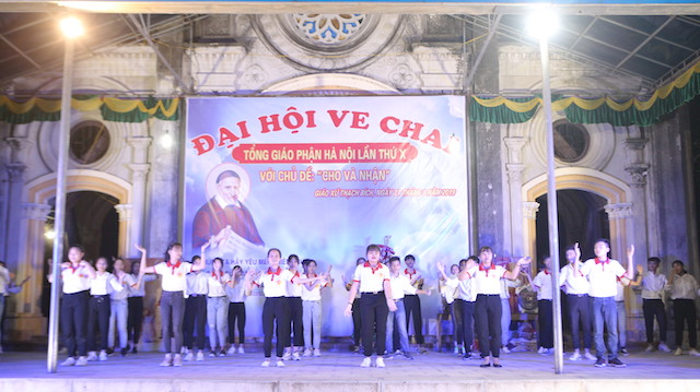 16384 ve chai5 - Caritas Hà Nội: Đại Hội Ve Chai lần thứ X