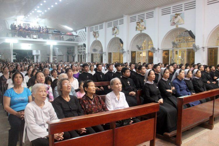 22092019 162359 6 750x500 - Giáo xứ Hợp An: Lễ giỗ 1 năm cha Gioan Hoan Nguyễn Hữu Vịnh