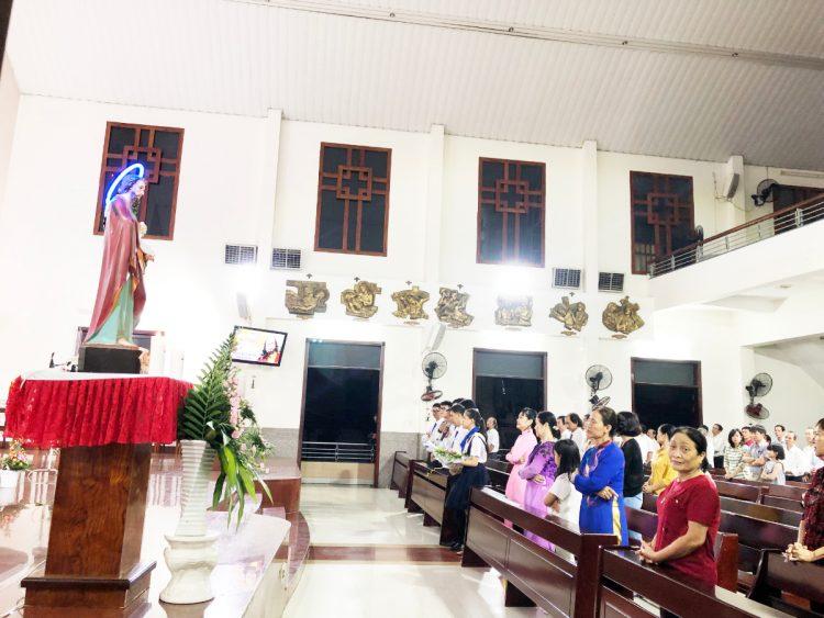 23092019 113755 6 750x563 - Giáo xứ Phú Hòa: Ban Truyền Thông mừng bổn mạng