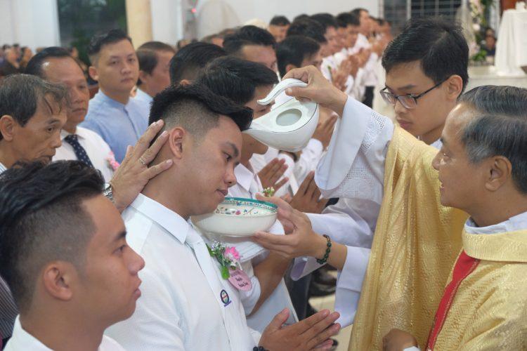 23092019 163000 4 750x500 - Giáo xứ Tân Việt: Rửa tội Dự tòng