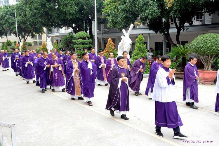 23092019 164935 1 750x500 - Giáo xứ Tân Phú: Lễ Giỗ một năm cha cố Giuse Lê Đình Quế Minh