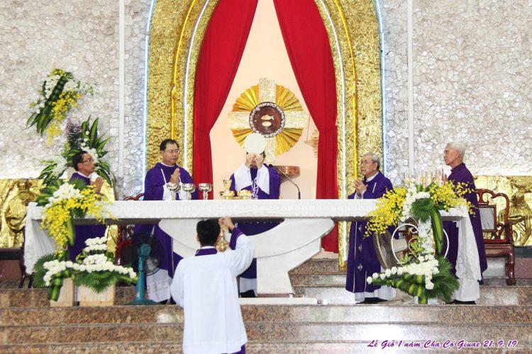 23092019 164935 10 750x500 - Giáo xứ Tân Phú: Lễ Giỗ một năm cha cố Giuse Lê Đình Quế Minh