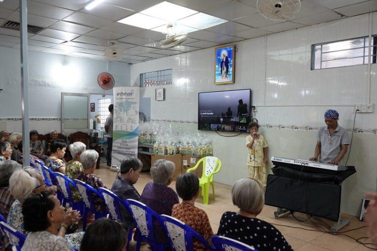 29092019 153034 6 750x500 - Giáo xứ Gia Định: Nhóm Từ Thiện Bác Ái thăm nhà Dưỡng Lão Tình Thương Vinh Sơn
