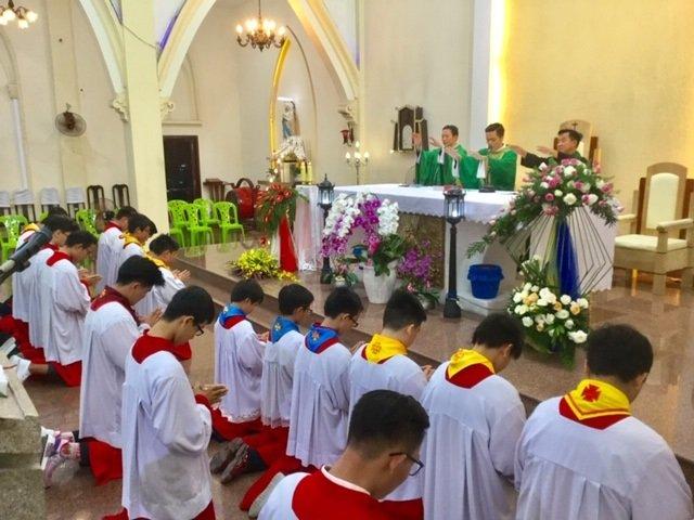 30092019 100735 8 - Giáo xứ Thủ Đức: Ban Lễ sinh mừng bổn mạng