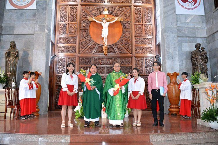 30092019 170835 7 750x500 - Giáo xứ Vĩnh Hòa: Ca đoàn Thiên Thần mừng bổn mạng