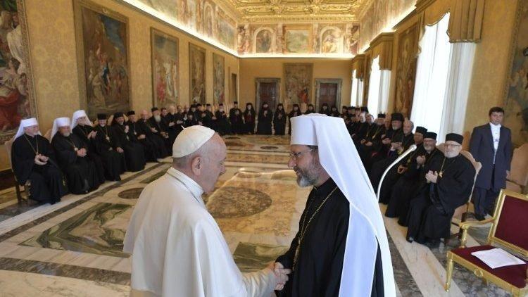 dtc gap cac giam muc cong giao dong phuong ucraina vatican media 750x422 - ĐTC gặp các Giám mục Công giáo Đông phương Ucraina