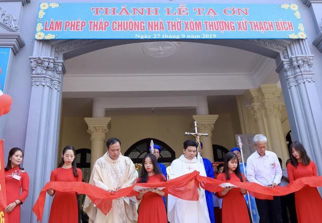 xom thuong6 - Lám phép tháp chuông nhà thờ Xóm Thượng - giáo xứ Thạch Bích