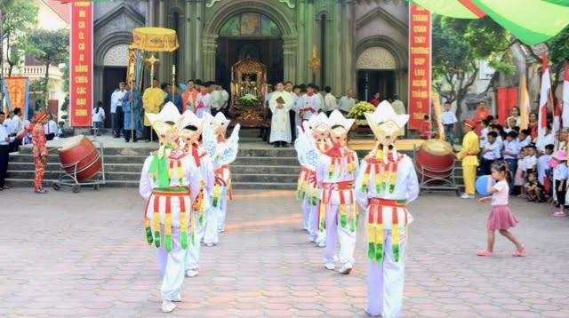 xuy xa 2 - Giáo xứ Xuy Xá: Mừng lễ Tổng lãnh Thiên Thần Micae – quan thầy Giáo xứ