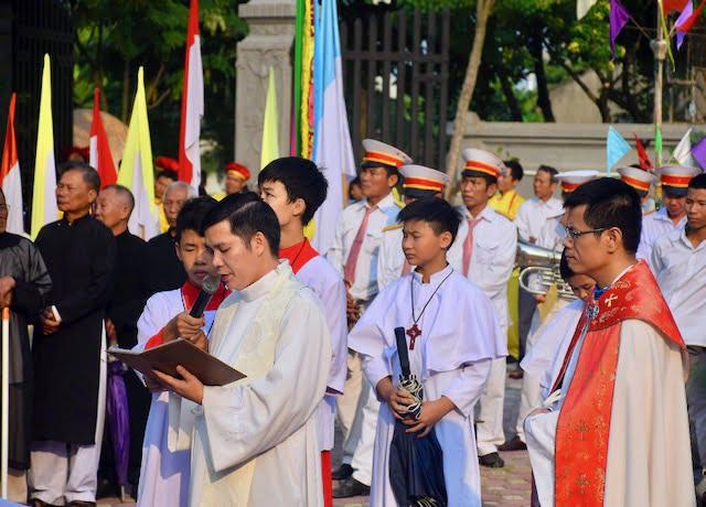 xuy xa 5 - Giáo xứ Xuy Xá: Mừng lễ Tổng lãnh Thiên Thần Micae – quan thầy Giáo xứ