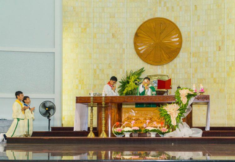 01102019 112634 6 750x516 - Giáo xứ Phú Bình: Mừng bổn mạng Đoàn Thiếu Nhi Thánh Thể