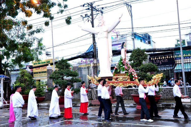 02102019 165006 3 750x498 - Giáo xứ Bình Thuận (Tân Sơn Nhì): Mừng Lễ Thánh Têrêsa