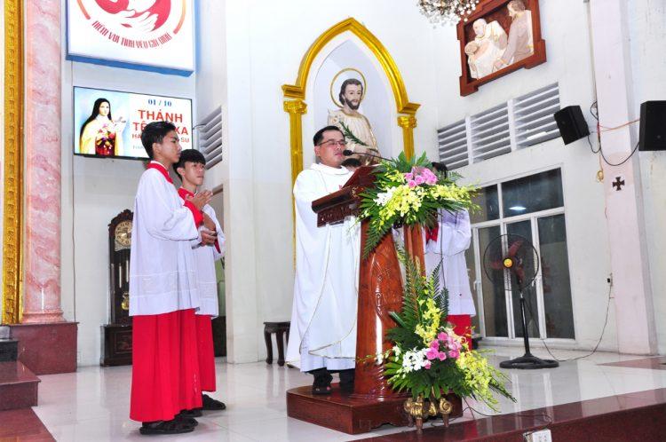 02102019 165006 5 750x498 - Giáo xứ Bình Thuận (Tân Sơn Nhì): Mừng Lễ Thánh Têrêsa