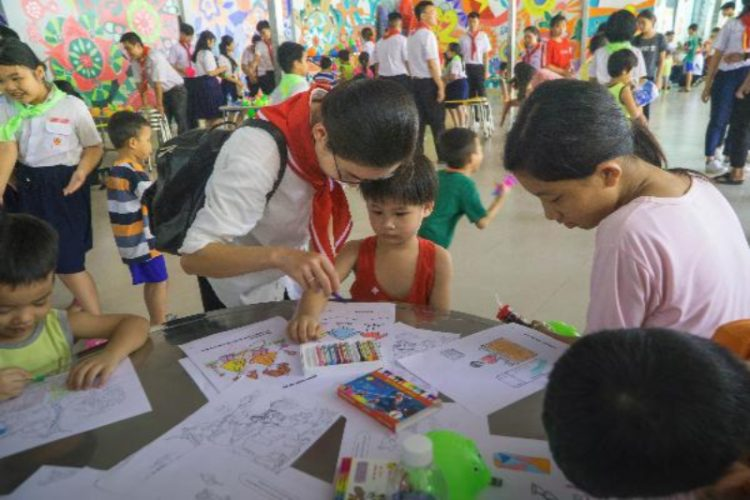 03102019 101218 750x500 - Giáo xứ Phú Bình: Đoàn Thiếu nhi Thánh Thể thăm cô nhi viện Thiên Bình