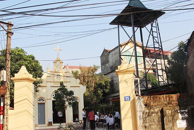 16406 kim hoang 3 - Giáo họ Kim Hoàng: Thánh lễ tạ ơn đặt Mình Thánh Chúa và Làm phép tháp chuông
