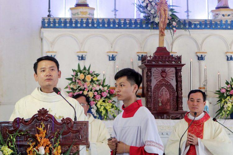 16424 quan thay 5 750x500 - Giáo họ Nội Thôn mừng kính Thánh Têrêsa Hài Đồng Giêsu quan thầy