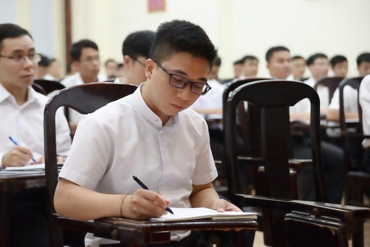 16451 huan duc 3 750x501 - Đức Giám mục giáo phận Bắc Ninh huấn đức tại Đại Chủng Viện thánh Giuse Hà Nội