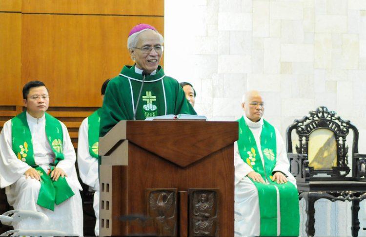 16451 huan duc 7 750x487 - Đức Giám mục giáo phận Bắc Ninh huấn đức tại Đại Chủng Viện thánh Giuse Hà Nội
