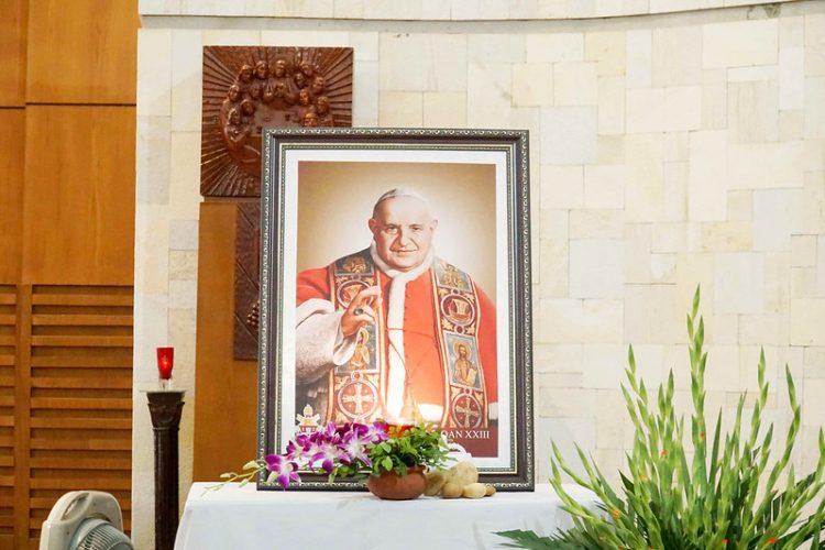 16469 quan thay 2 750x500 - ĐCV Thánh Giuse Hà Nội: Lớp thần I mừng lễ bổn mạng Thánh Giáo Hoàng Gioan XXIII